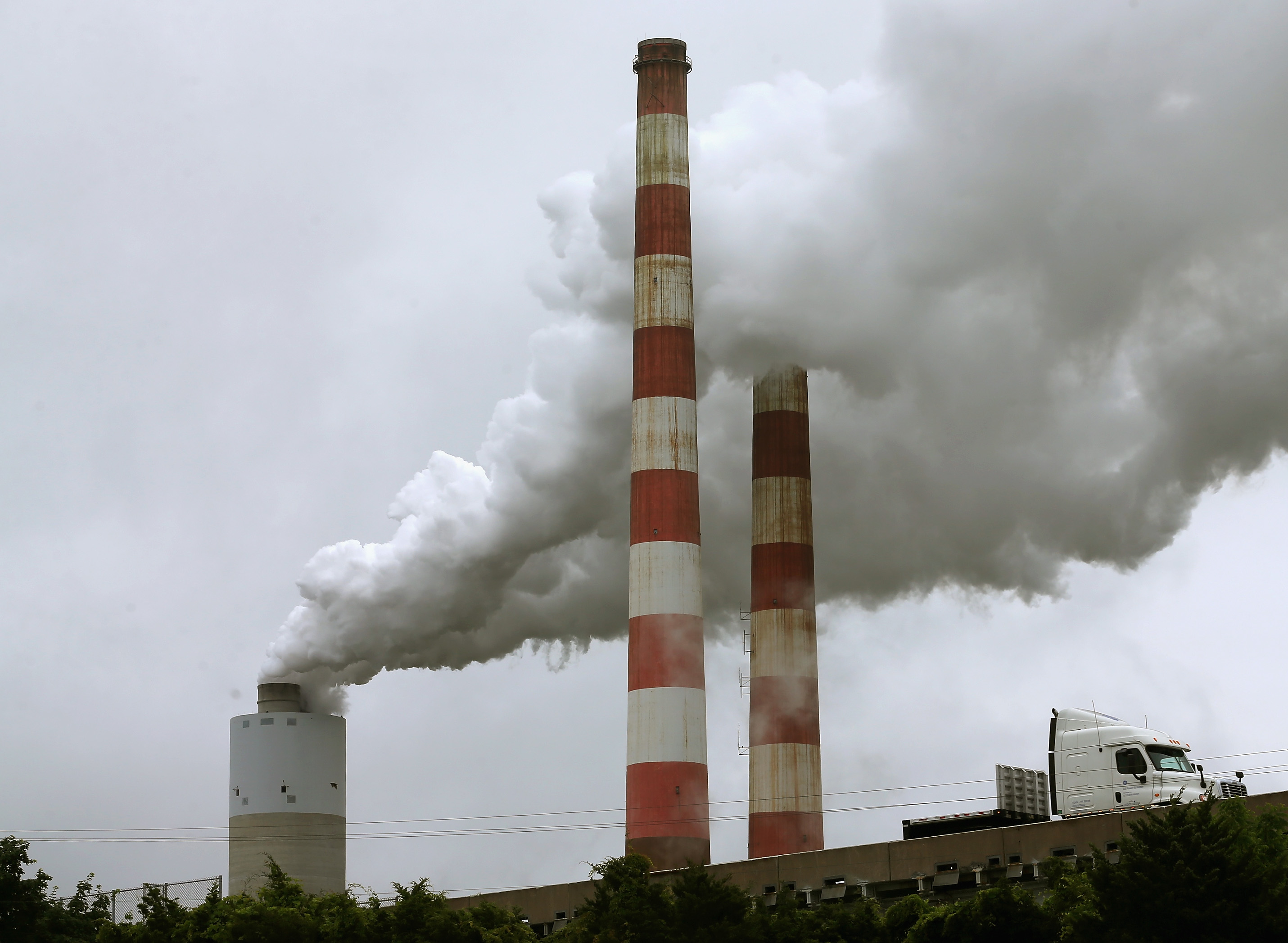 Energy-related CO2 emissions stabilized in 2014 – so what?