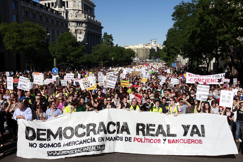 Relearning democracy: At the crossroads of Spanish elections