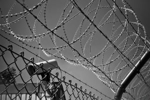 barbed-wire-1670222_1280